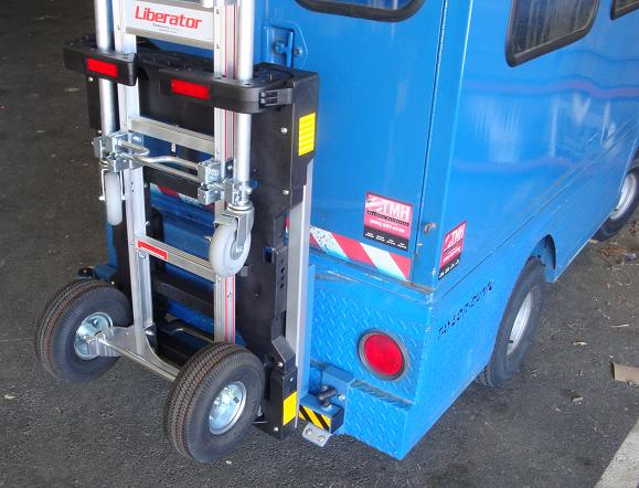 B&P Liberator convertible hand truck locked in HTS-20S-TD