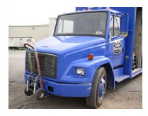 FREIGHTLINER GENNY LIGHT BEER TRUCK
